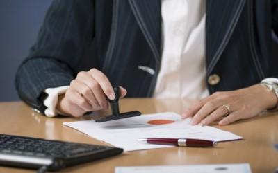 Tekening akte bij de notaris